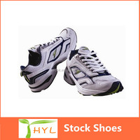 Guangzhou factory export bulk mesh sports shoes with low prices men sport shoes stock lot in Pakistan