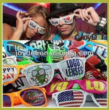 2016 best selling fashion sunglasses pinhole sun glasses with custom logo on the lens sunglasses