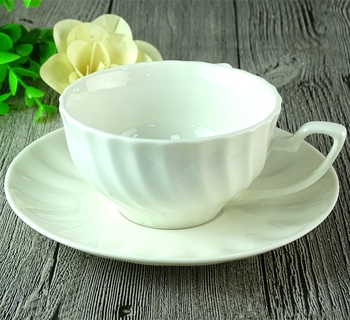 High Quality Modern Stripe Shape White Ceramic Tea Cup And Saucer