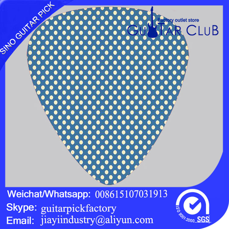 Wholesale guitar pick thickness can be as a memorial gift customization model