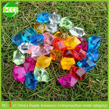 Alibaba Express yiwu wholesale cheap colorful square glass bead treasure