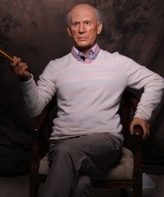 Custom Made famous painter Pablo Picasso Life Size Wax Figure