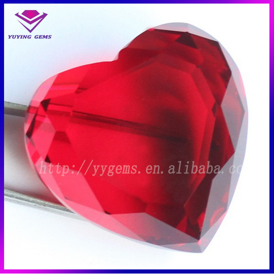 30mm,40mm,50mm Red Loose Heart Glass Decorative Stone in Wuzhou