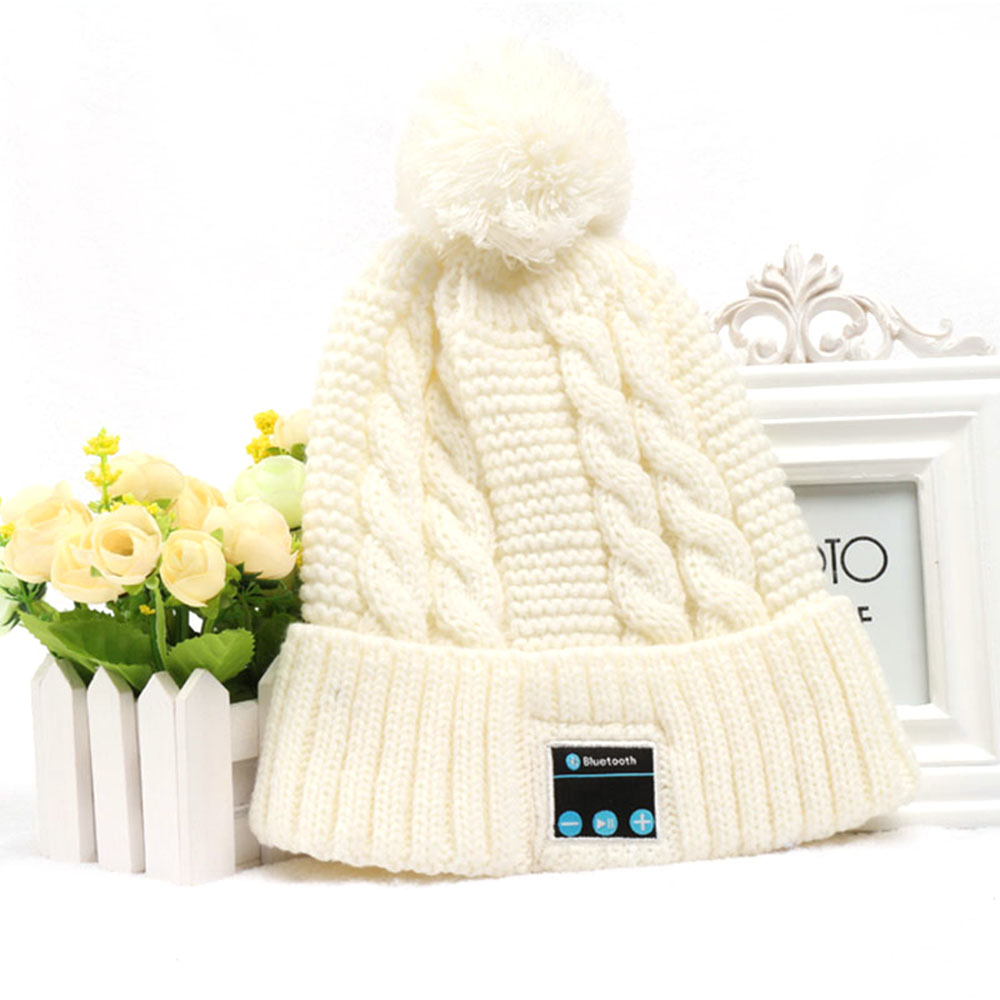 Wireless Headphone Bluetooth Beanie Knitted Hat Christmas Gift for Gadget Lovers