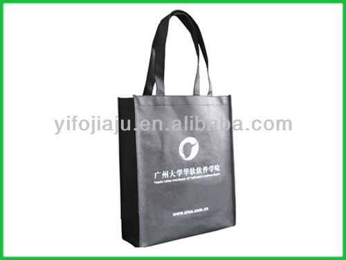 oversized shopper tote handbag for carrying things