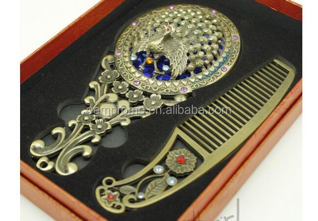 Promotional Classic Carved hollow Mirror and Comb sets