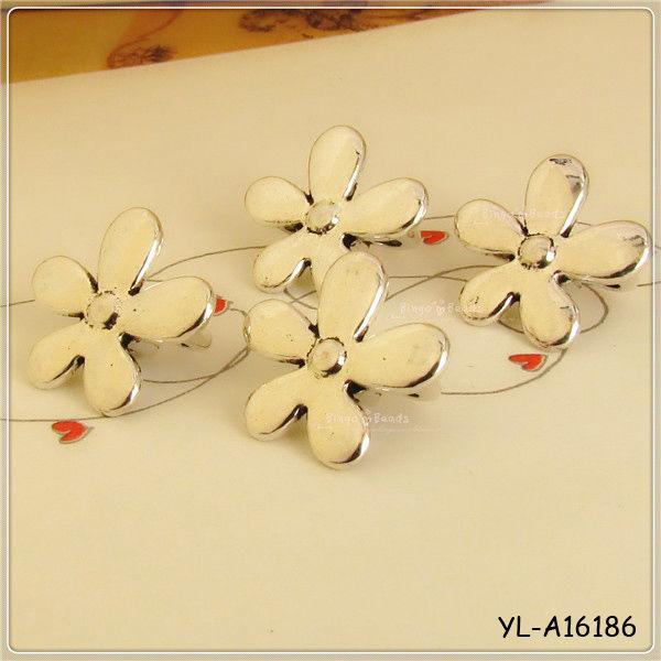 3 Hole Five Leaves Fancy Antique Silver Vintage Shirt Buttons Sewing Crafts Scrapbooking Or Making Bracelet