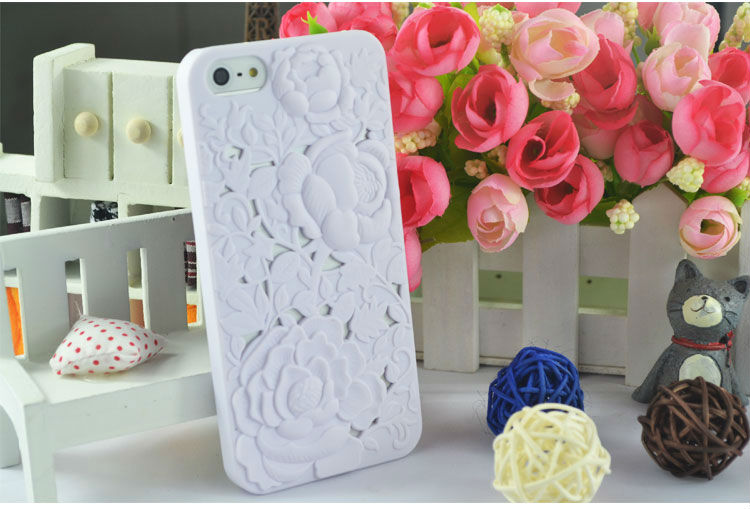 Stereoscopic Impression Hollow Rose Plastic Back Protective Case for Apple iPhone 5