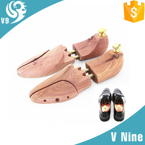 adjustable man design natural cedar cheap shoe tree
