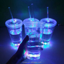 Barware 450ml Double Walled custom flashing plastic led cups with straw