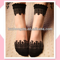 in stock women summer soft lace decoration transparent socks