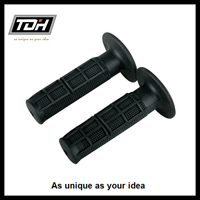 2016 Best Selling Universal Motorcycle Black TPR Hand Grips Soft with High Quality