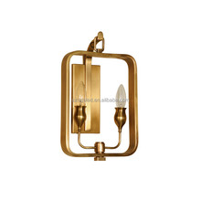 Elegant Antique Simple Brass Wall Sconce Lamp Copper Material Energy Saving Light Source Wall Light