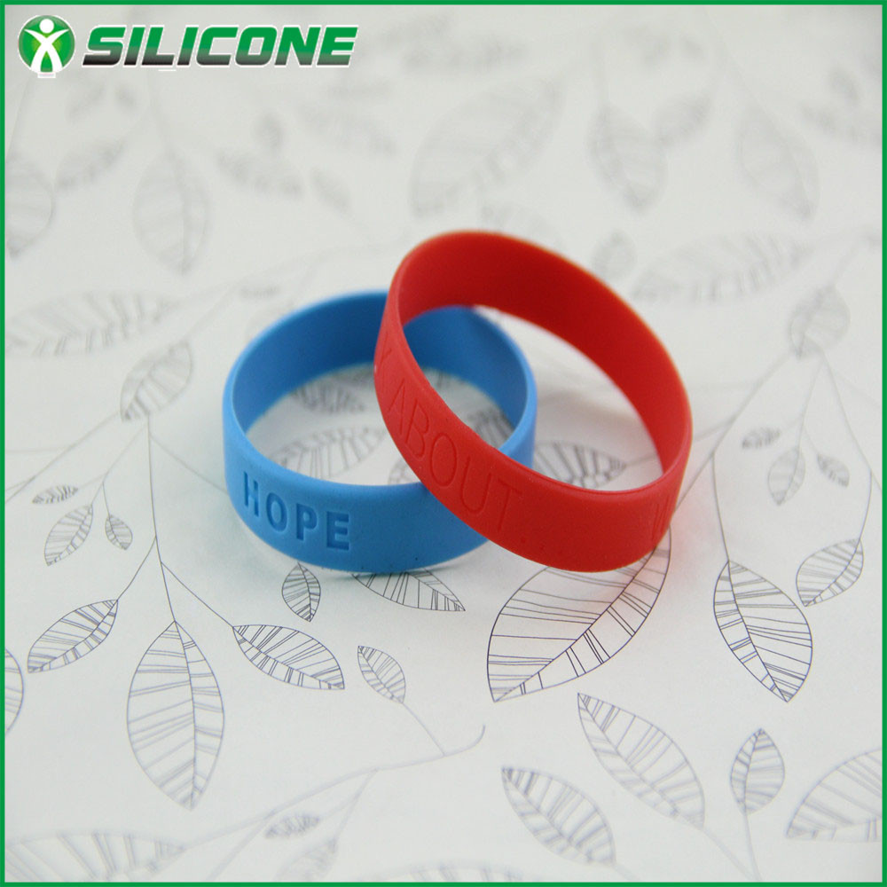 Creative promotion gift silicone key holder bracelet, personalize silicone hand band