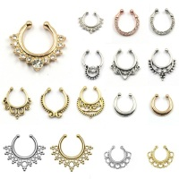 Hot sale crystal fake septum nose ring piercing clip on body jewelry faux hoop nose rings for women