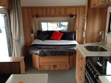 "2015 HOT 17"" caravan with shower and toilet mobile caravan for sale"