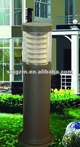 decorative courtyard light pole/garden light