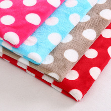 Factory China 100% Polyester Snowflake Fleece Fabric Yard Pajamas Blanket Material Flannel Printed Pattern Fabric