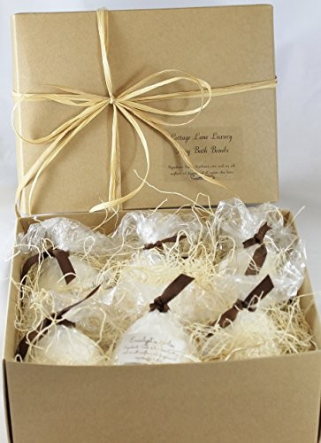 bath bombs set as gift
