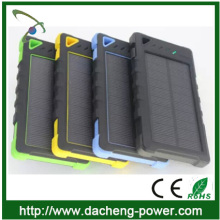 Hotly selling rohs solar cell phone charger 8000mah with CE ROHS FCC