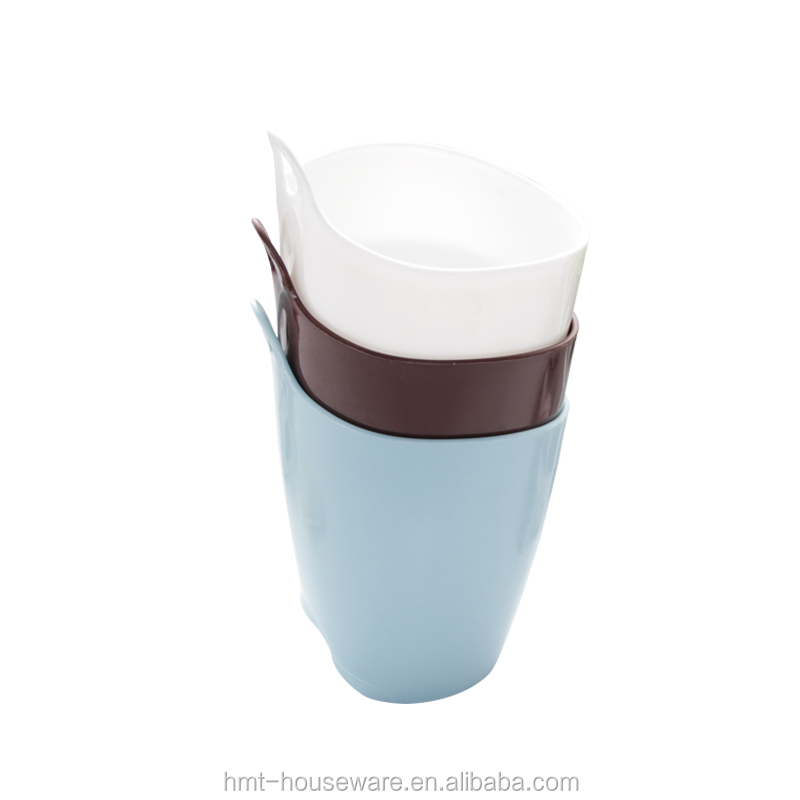 Taizhou Hengming wholesale deskside plastic mini car trash can