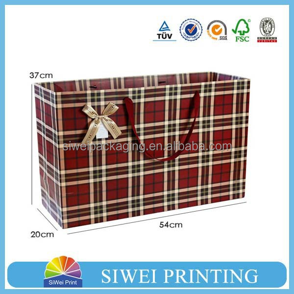 2015 Custom Printed Counter hot-stamping christmas paper party goody bags shopping for mobile phone