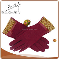 Manufacturer Handmade Winter Red Color Wool Gloves