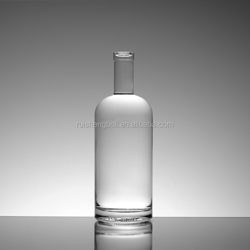 Various styles clear corked glass bottle for liquor manufacturer