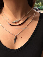 Three Layered Link Chain Simple Necklace Black Beaded Leaf Flower Pendant Necklace