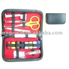 mini travel kit per cucire