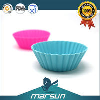 Various Color Easy Kitchen Tool Silicone Microwave safe Cake Baking Pan