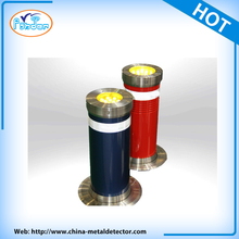 Automatic rising electronic retractable removeable bollard