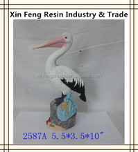 Outdoor Pelican Statues Resin Animal Statues for Home Decoration