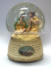 Polyresin religious holy family snow globe