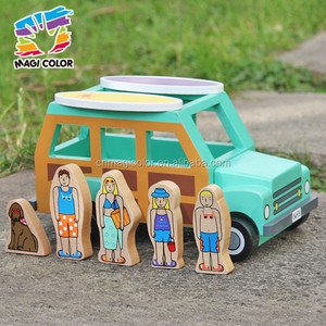 2017 wholesale new design children toy wooden cars dog and four people go to surfs kids toy wooden cars W04A314
