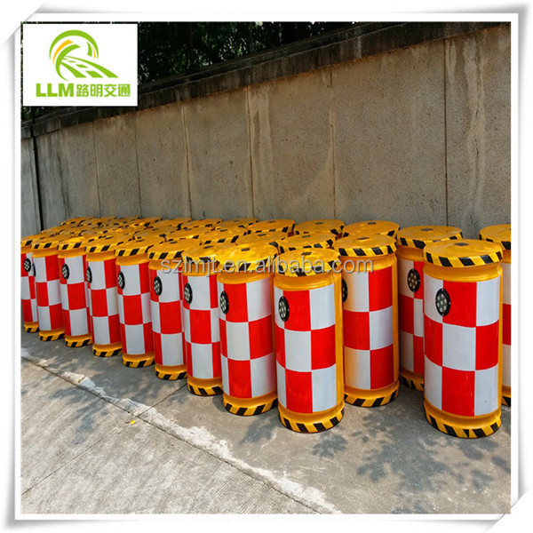 Factory outlet traffic safety facility anti-bump solar fiberglass barrel