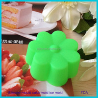 kitchen accessories 100% FDA & LFGB Grade Top Quality BPA Free Silicone Cupcake Mold