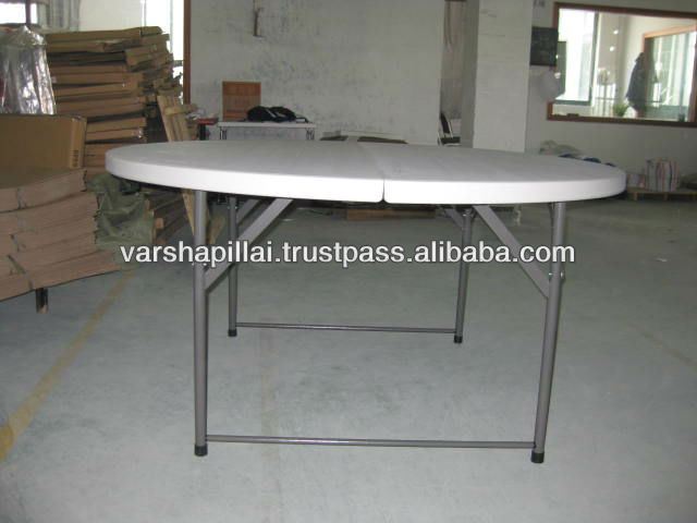 Plastic round table with folding legs
