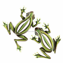 Glow in the Dark Hanging Frogs Wall Fence Tree Decor