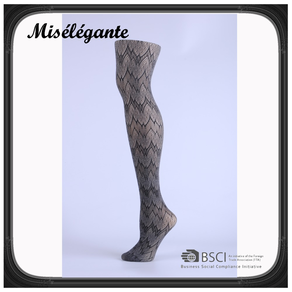 Wild style women's 2 colors yarns mixed patterned fishnet tights