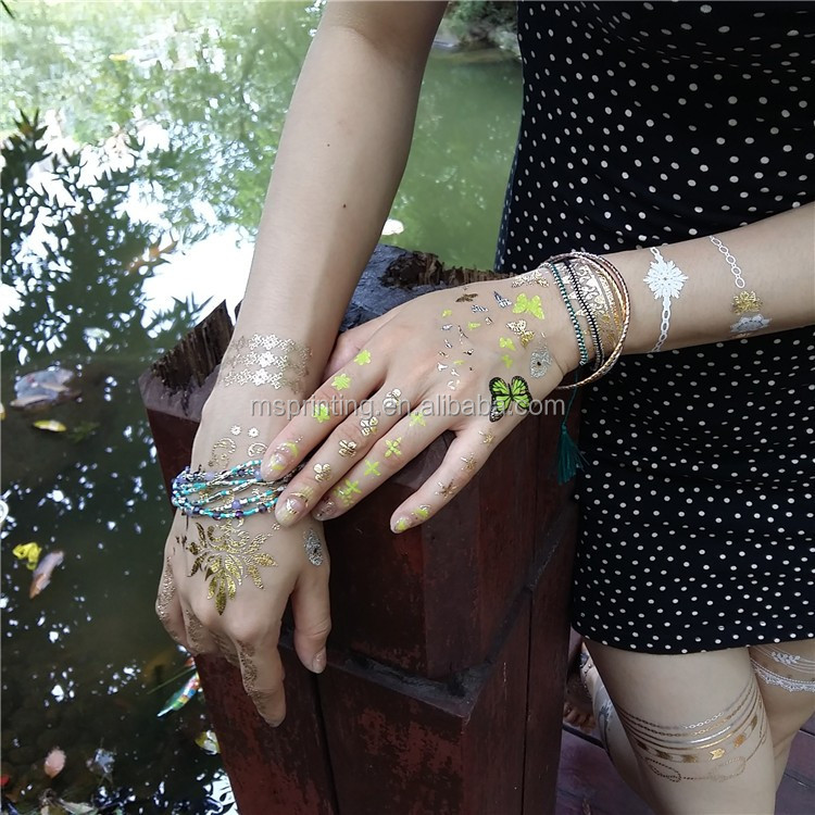 Bracelet temporary gold flash tattoo for hand