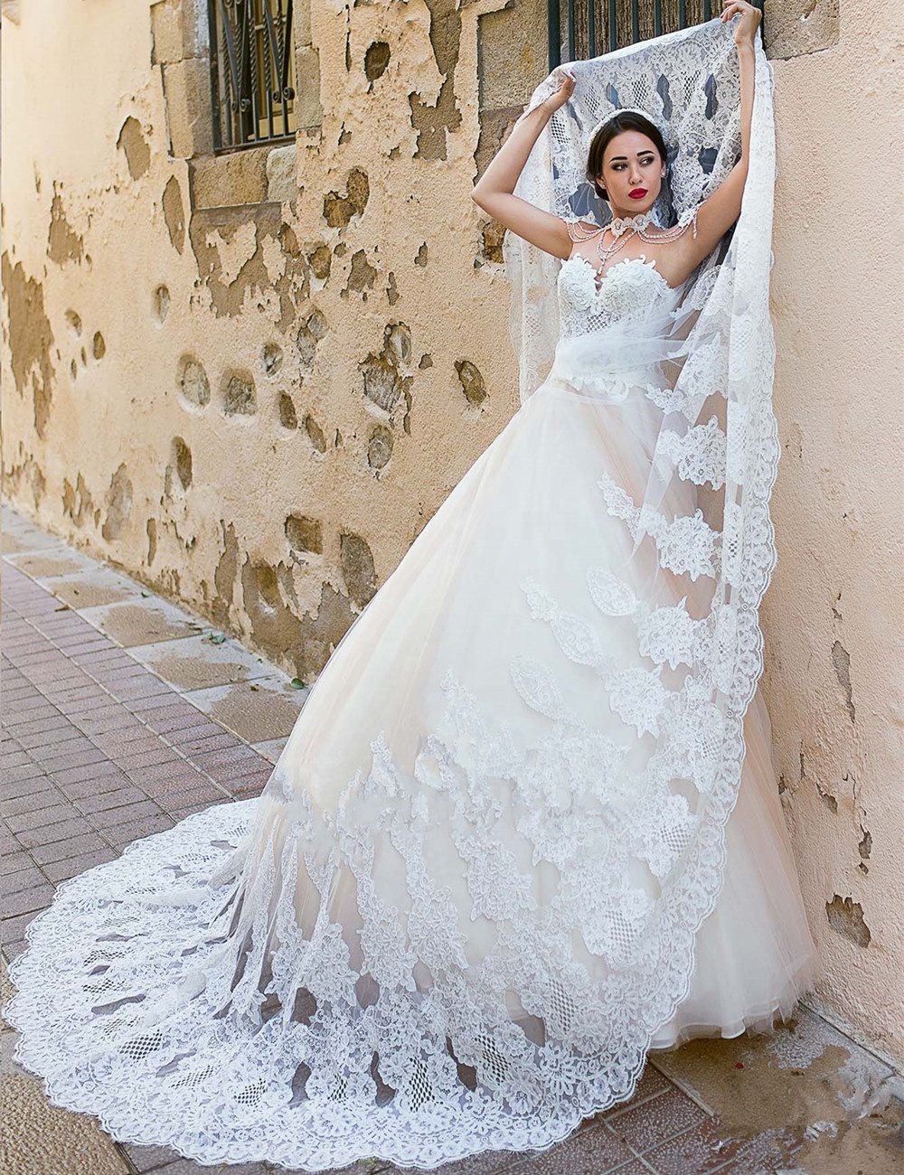 Ball Gown Wedding Dresses 2019 Africa Wedding Gowns Muslim Bridal Wedding Dresses White Lace Bridal Gowns Vestido de novia A261