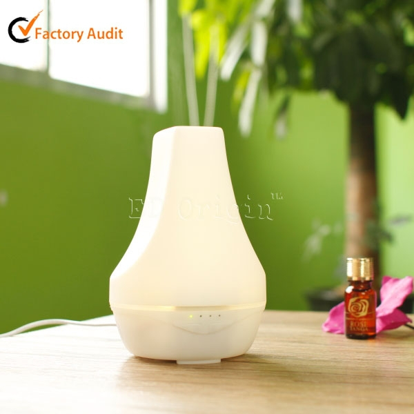 CE, RoHS, UL Certification Essential Oil Atomizer Ioniser Diffuser Pendant
