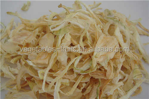 Air dried yellow onion rings different quality