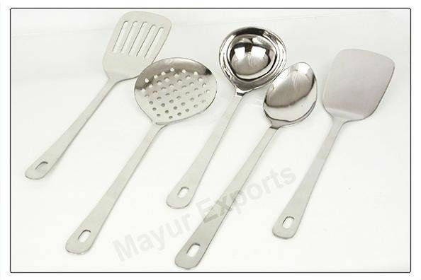 Super Serving Kitchen Tool in Matte finish