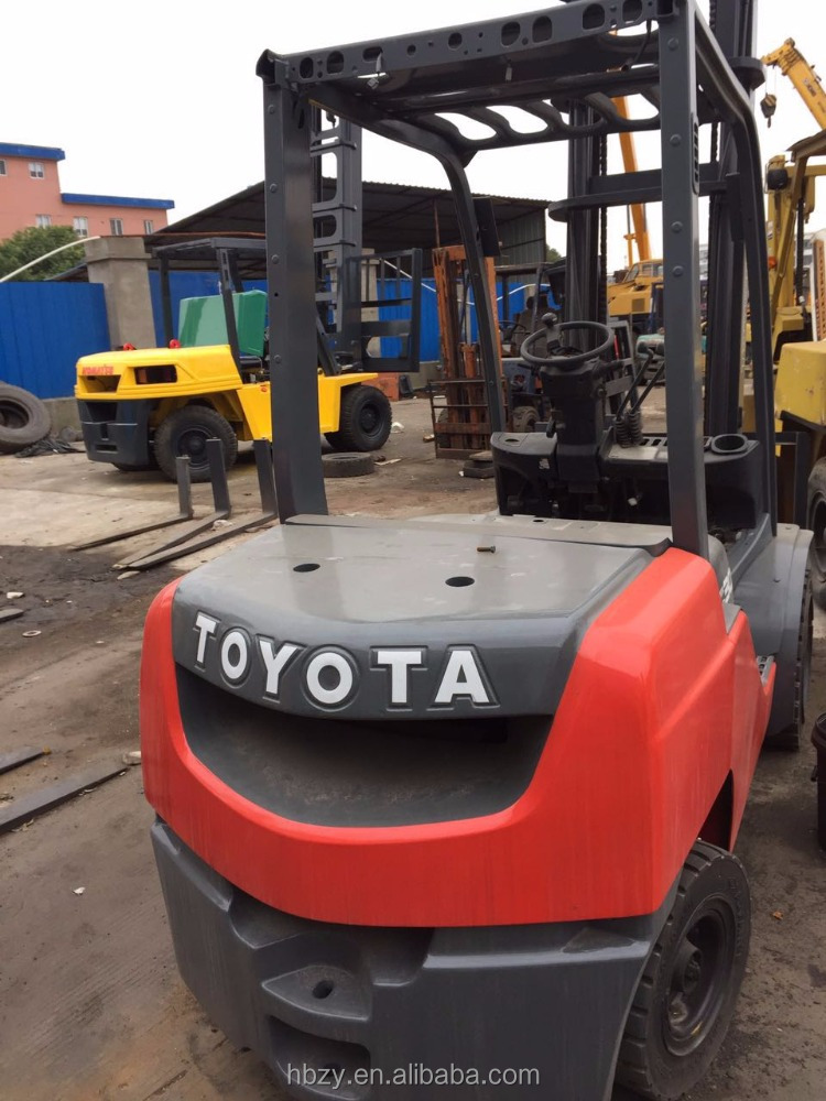 Cheap Price Second-hand Used Japan Toyota 3 ton High Mast Forklift FD30