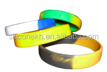 Cheapest wristband silicone bracelet,Night light Bracelet silicone bracelet