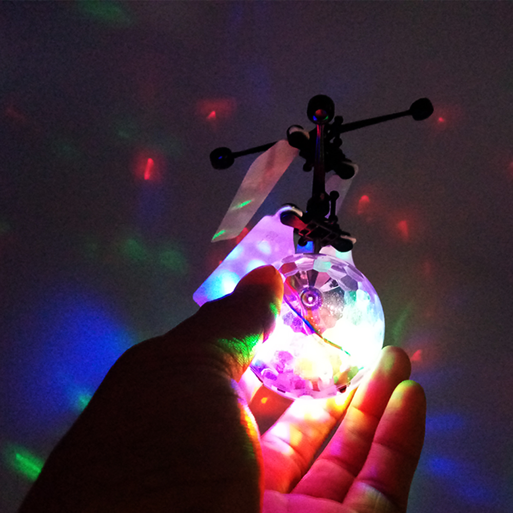 Funny toy Mini magic Flying Ball flashing light infrared controlled RC flying ball helicopter toys for kids