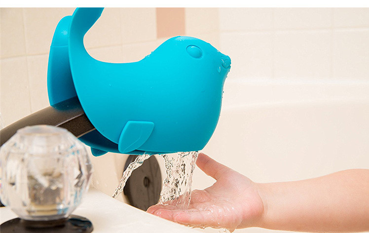 Amazon hot sellings kids safety hand washing protective cartoon sea lions faucet extender in bathroom