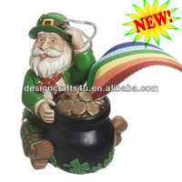 Polyresin Irish Leprechaun Santa Christmas Ornament